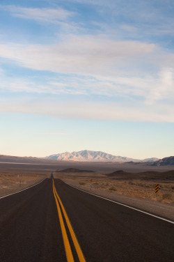 touchdisky:  Nevada, USA by Amicus Telemarkorum
