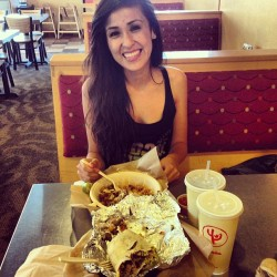 First time being here with my bae @laurraagarcia 😘 (at Qdoba Mexican Grill)