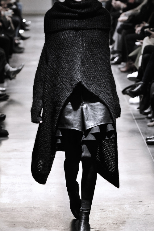hipporacle:   Junya Watanabe Fall/Winter 2011  holy shiiiiiiiiz