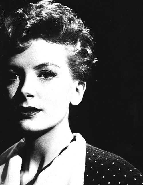 44/50 photos of Deborah Kerr