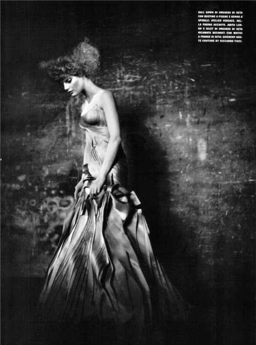 thefashionatelier:  Guinevere van Seenus photographed by Paolo Roversi for Vogue Italy September 2008