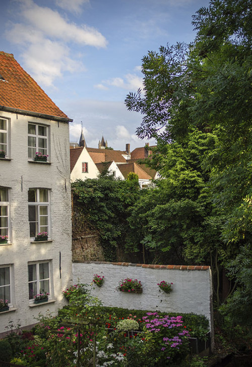 allthingseurope:  Bruges, Belgium (by C.Aranega)