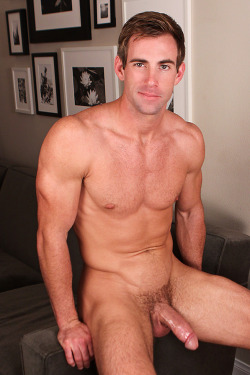 abeautifulbehind:   Willis | SeanCody  more