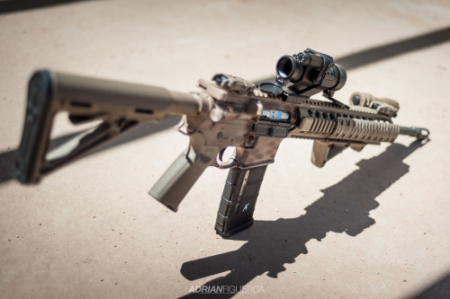 everyday-cutlery:  AR-15 by adrianoof