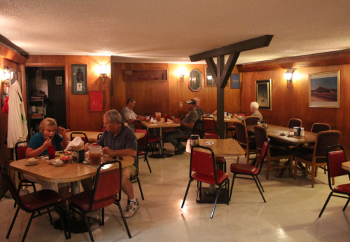 The back dining room at The Dun-Bar East on Pulliam Street in San Angelo, Texas, my favorite restaurant on this earth.