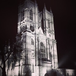 dbalm:    #westminster #abbey #night #london #england #uk #latergram #travel