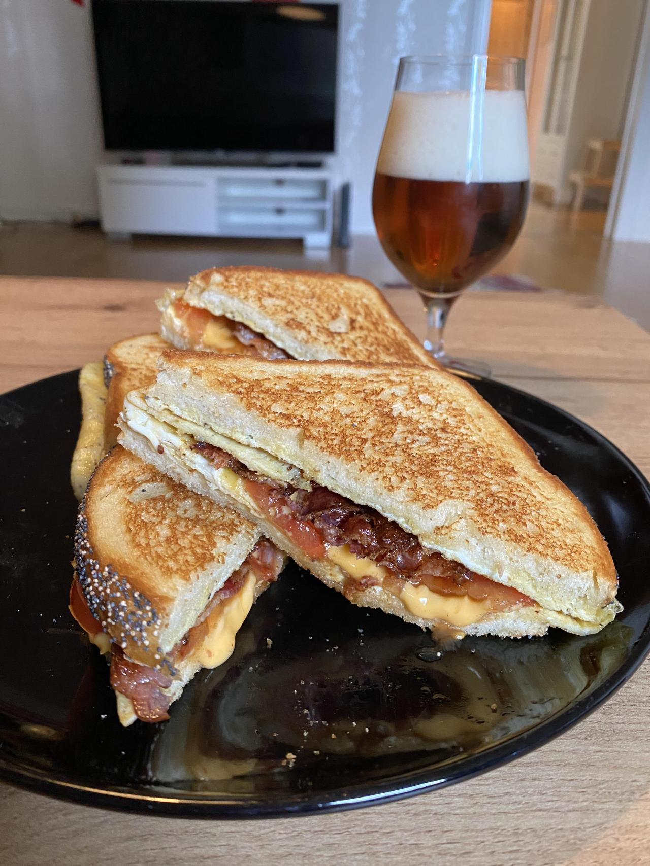 One of my favorite sandwiches, the egg bacon and grilled cheese sandwich. With the beverage of life of course. Source: https://reddit.com/r/foodpornhttps://foodmyheart.tumblr.com | https://campsite.bio/foodmyheart #food#foodpics#foodporn#yummy#breakfast#lunch#dinner#foods#foodies#foodmyheart