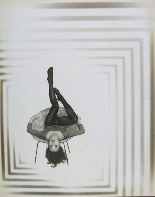 lauramcphee:  Upside Down, 1950 (Wellington Lee)