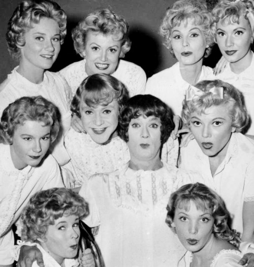 "ikindalikejacklemmon:  The ladies of the band, bar Marilyn, including the two new ""girls"", in Some Like It Hot (1959)"