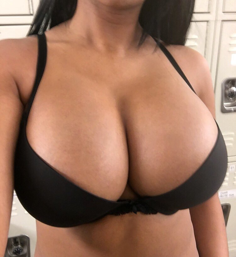 Phat girl booty big black dicks  big big booty shaking sexy photos sexy photos