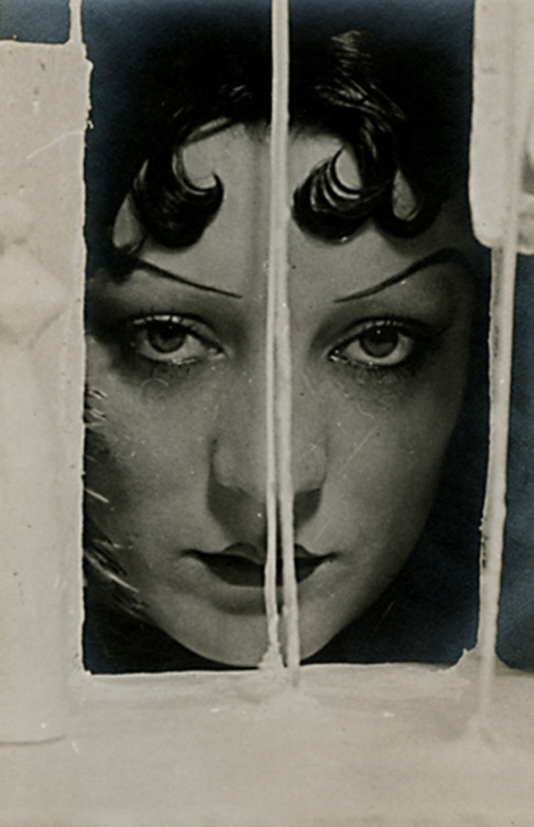 Kiki de Montparnasse by Man Ray