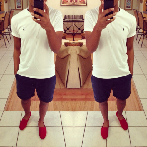 thatboytyler:  Red. White. Blue.