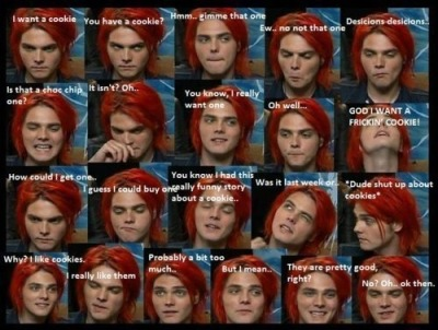 tornmockingjay:  I'll get you a cookie Gerard ;)