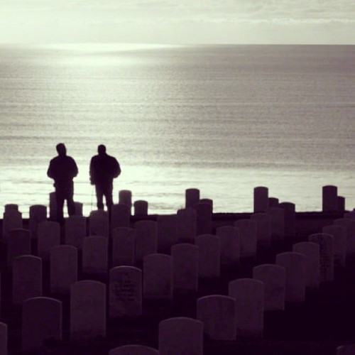 Fort Rosecrans National Cemetery | San Diego, CA #worldplaces #westcoast #webstagram #ink361 #cali_igers #californialove #california_igers #igerssandiego #igers #picoftheday #bestoftheday #photooftheday #insta #instahub #instagood #instagreat #instagramhub #instagrammers #instamood #instalove #instalike #like #cemetery #sandiego #ocean #view #pacific #follow