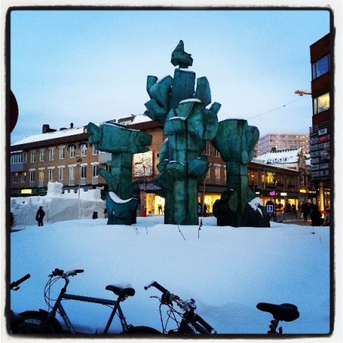 Scultures and ice sculptures  (at Renmarkstorget)