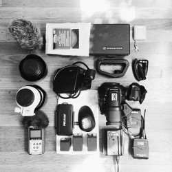Heading to #LA to film for #Monocle #Magazine - #ThingsOrganizedNeatly #Knolled #vscocam (at Tribute House)