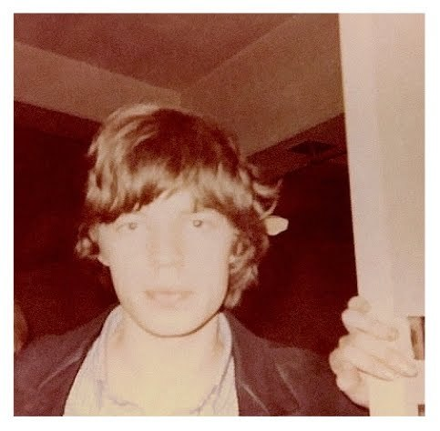 mickjaggerproject:  Mick snapped by a fan.