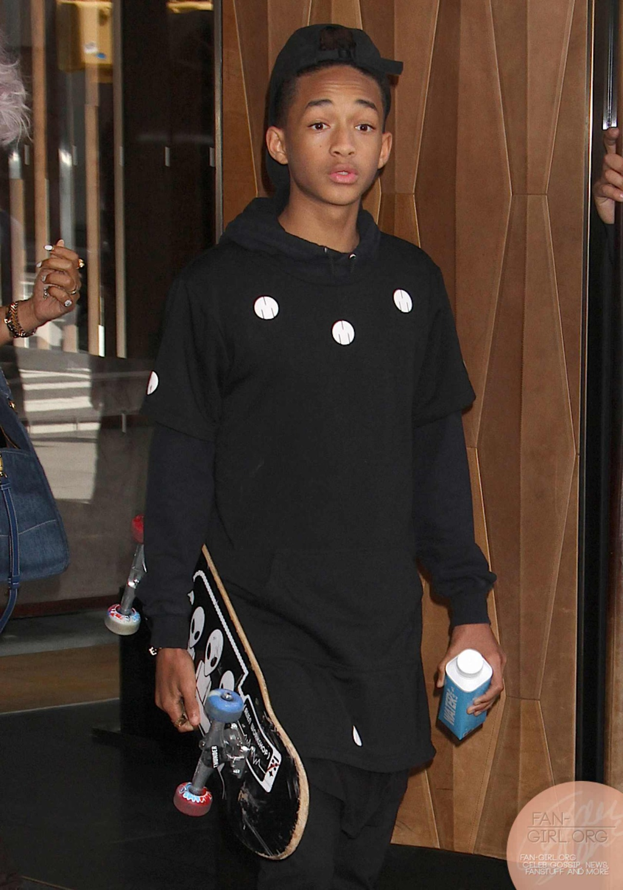 fan-girlblog:  Jaden Smith out and about in nyc more at http://fan-girl.org/?p=1486