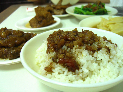 taiwanesefood:  Stewed Pork Rice by lighto on Flickr.