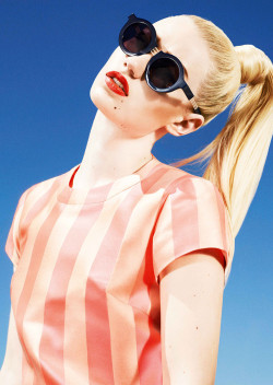 alc0h0l:  lovely iggy.CLICK FOR A DOPE BLOG