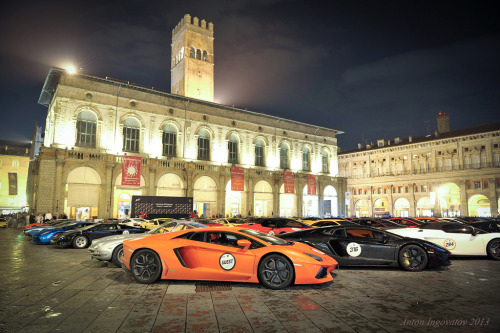 A day to remember Starring: Lamborghini Aventador, 400GT, Gallardo Murcielago (by Anton Ingovatov | ToniF40)