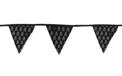 This children's black with white skull bunting is now £5.85 from £10.75!