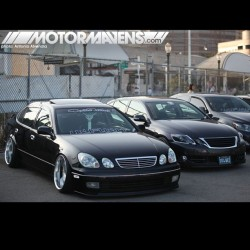 Which #VIPLexus would you rather drive? #Slammed black #JZS161 #GS400 or the newer #VIP #Lexus #GS350? @infinitwheels is always on point! Old school cars, #VIP, whatever! #Aristo #GS430 #GS300 #niseishowoff (at www.MOTORMAVENS.com)