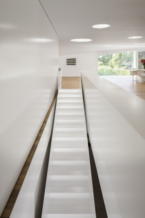 (via VMVK House by dmvA)
