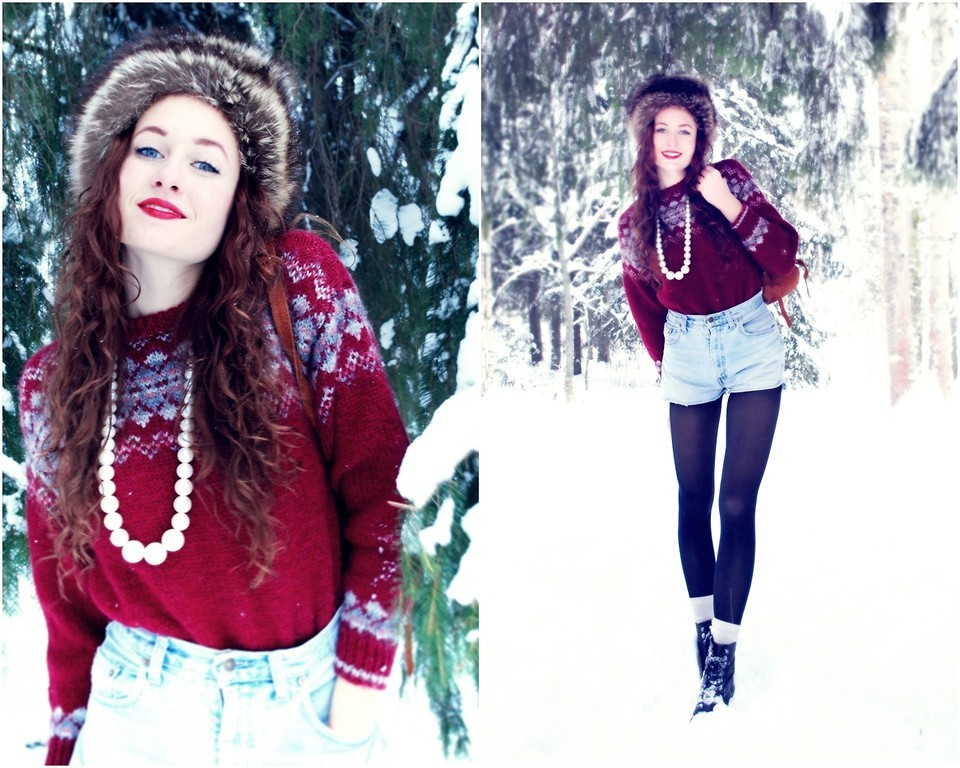 lookbookdotnu:  Snö. (by Frida Sömskar)  huh? notes?!