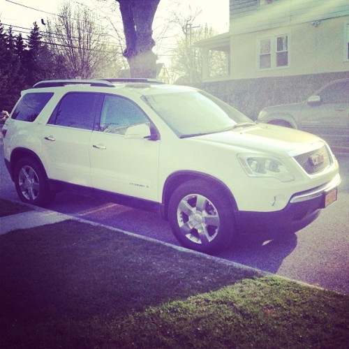 Loving our new whip !! Thanks babe !! @64vdub #loveyoubabe #loveit #acadia #2008acadia #gmc #gmctruck #gmcacadia #lovemygmc #lovemyacadia #thankyoujesus #thankyougod #godblessus
