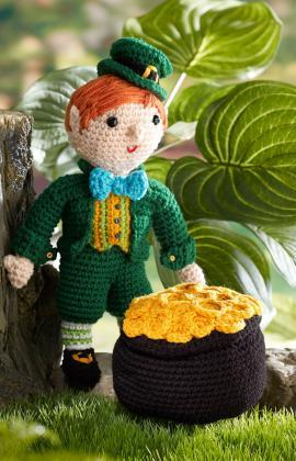 Kitrick the Leprechaun Crochet Pattern RedHeart shares this free Intermediate pattern for Kitrick and his little pot of gold.  Check it out via the link.