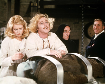 fuckyeahdirectors:  Teri Garr, Gene Wilder, Marty Feldman and Mel Brooks on-set of Young Frankenstein (1974)