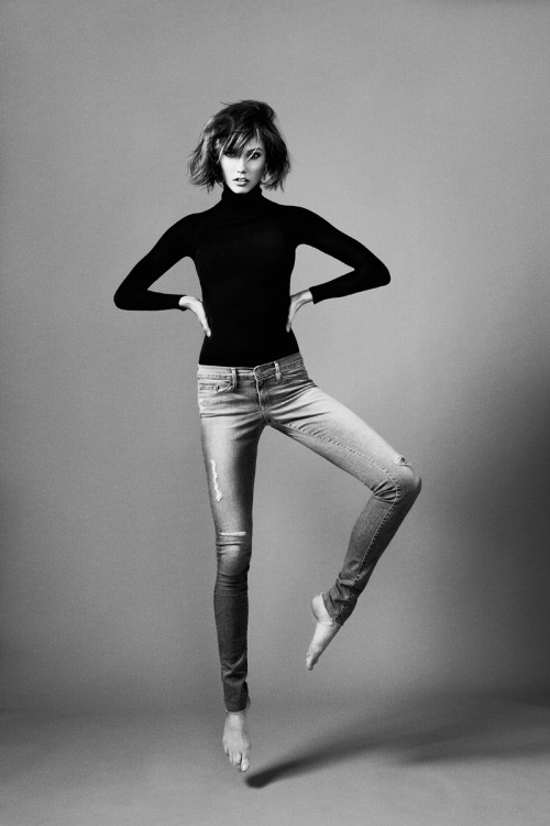 vogue:  Karlie Kloss in FRAME Denim Forever Karlie jeans Photo: Erik Torstensson Read the article