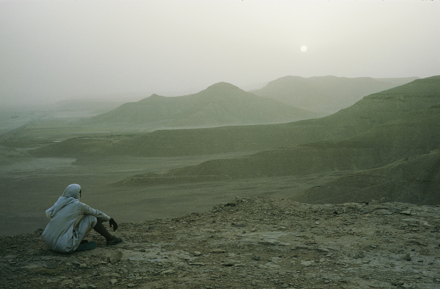 natgeofound:  Near Riyadh, Saudi Arabia.Photograph by W. Robert Moore, National Geographic