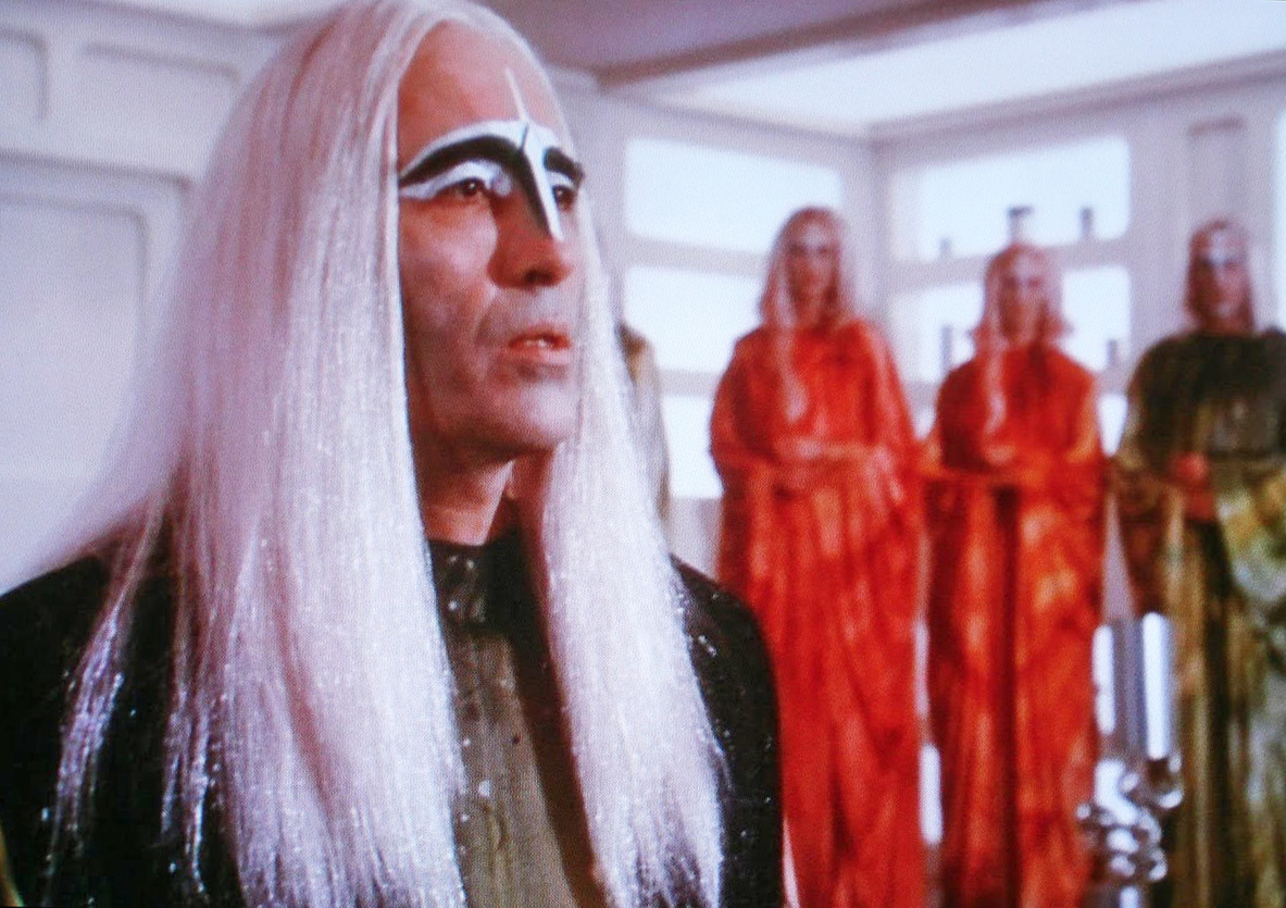 "limbiccatalog:  Christopher Lee as the stylish leader of some groovy aliens in the first season Space: 1999 episode ""Earthbound""."