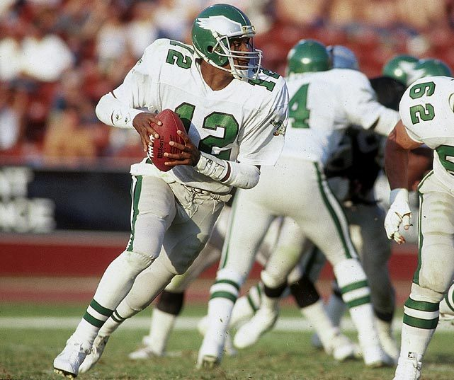 Randall Cunningham looks for an open receiver during a 1986 Eagles-Raiders game. (Andy Hayt/SI) GALLERY: Rare Photos of Randall Cunningham