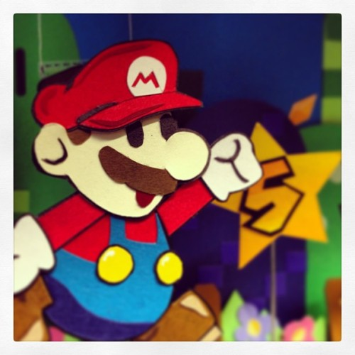 When things are slow at work I have this happy face to cheer me up. #mario #nintendo #paperart #papermario #diorama