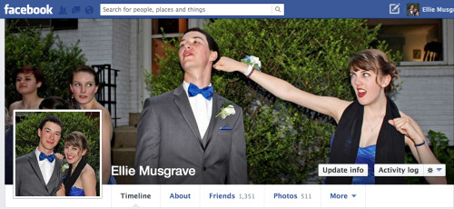 look we're facebook themed hahahahfasjdhaljh
