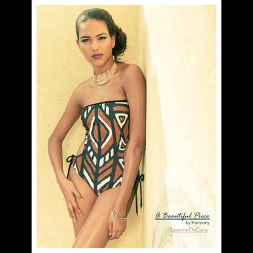 #abeautifulpiecebyharmony #Swim SS 13' ~ 1pc strapless cutout 'Cookies & Cream' Available tonight at 8pm! #Aruba #photoshoot @leightondphoto @jo_braun #fashion #swimwear #goodtimes #awesome #team