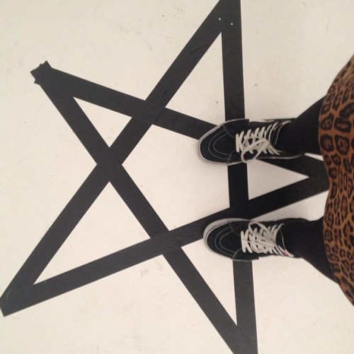 My feet in the pentagram #vans #sk8hi #leopardprint #fashion #photoshoot #pentagram