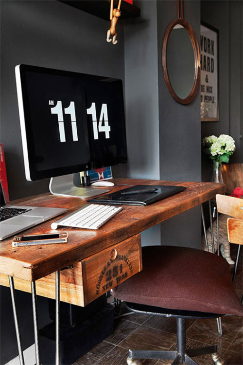 myidealhome:  unique desk (via desire to inspire)