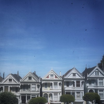 full housin' it @ alamo square. (at Painted Ladies)