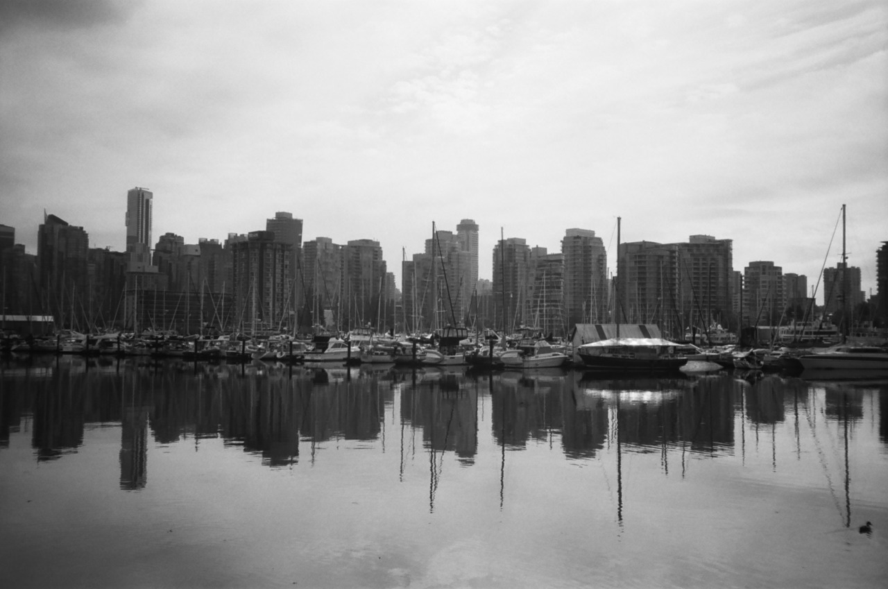 kosmosxipo:  Got another roll of film back. Coal Harbour, Vancouver, BC. Olympus XA with Kodak T-MAX 400