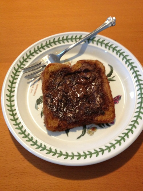 For breakfast today, I made nutella stuffed French toast.   It was an excellent decision and I have no regrets.