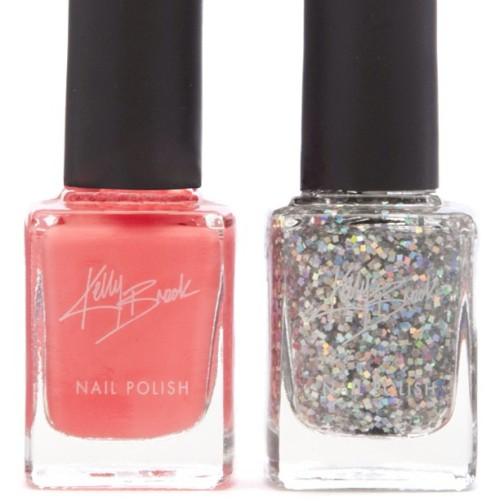 Love these new Kelly Brook nail shades coming out in her new beauty range for New Look! #kellybrook #newlook #kellybrookbeauty #beauty #bbloggers #nails #nailart #nailvarnish #nailpolish #lacquer #glitter #coral #newrelease #instadaily #mani #manicure #manimonday