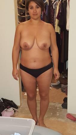 Free wife nude pics  chubby girl amateur