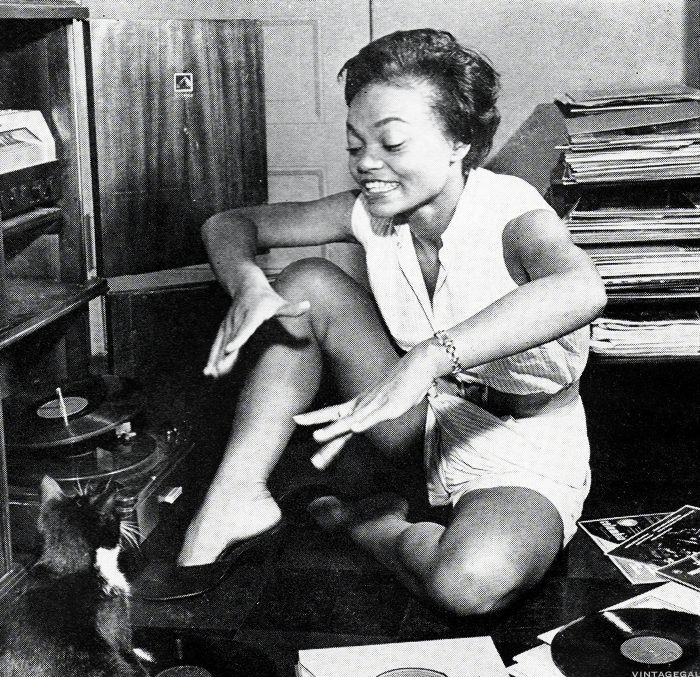 vintagegal:  Eartha Kitt c. 1955