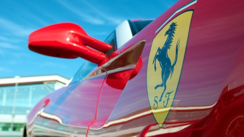 Ferrari mirror on hd wallpapers