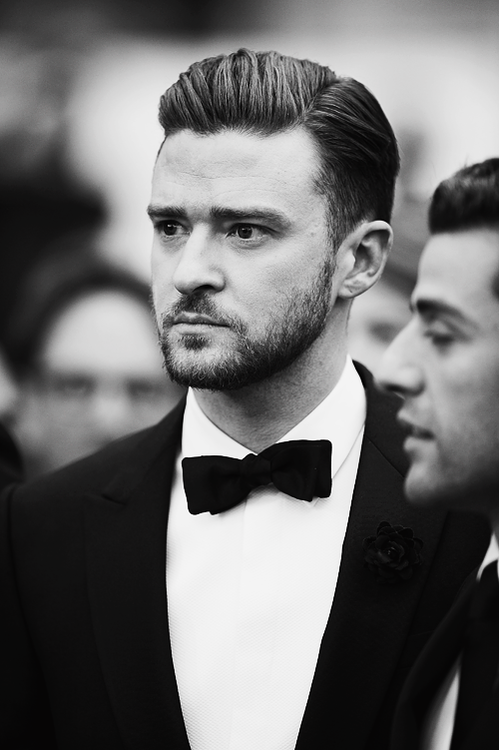 maarchello:  JT | via Tumblr on We Heart It - http://weheartit.com/entry/62083376/via/maarchello Hearted from: http://justintimberlakepolska.tumblr.com/post/50921971029/justin-timberlake-inside-llewyn-davis-premiere
