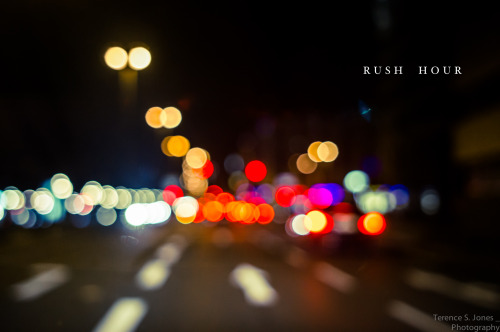 iyoupapa:  Rush hour (via Terence S. Jones)  (c) 2012 Terence S. Jones under CC-BY license.